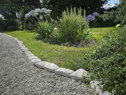 Come Costruire Un Giardino Di Ghiaia : La ghiaia come alternativa alla pavimentazione